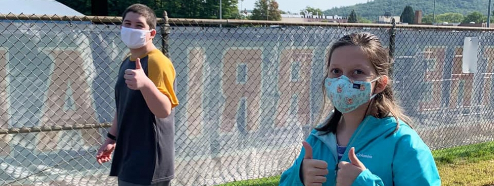 HMMS students with masks 2020.jpg